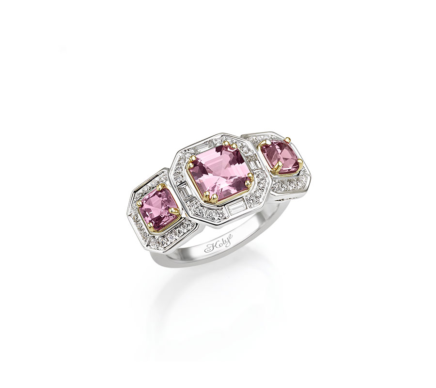 Ring in 18K white/yellow gold with pink spinels from Tanzania & diamonds