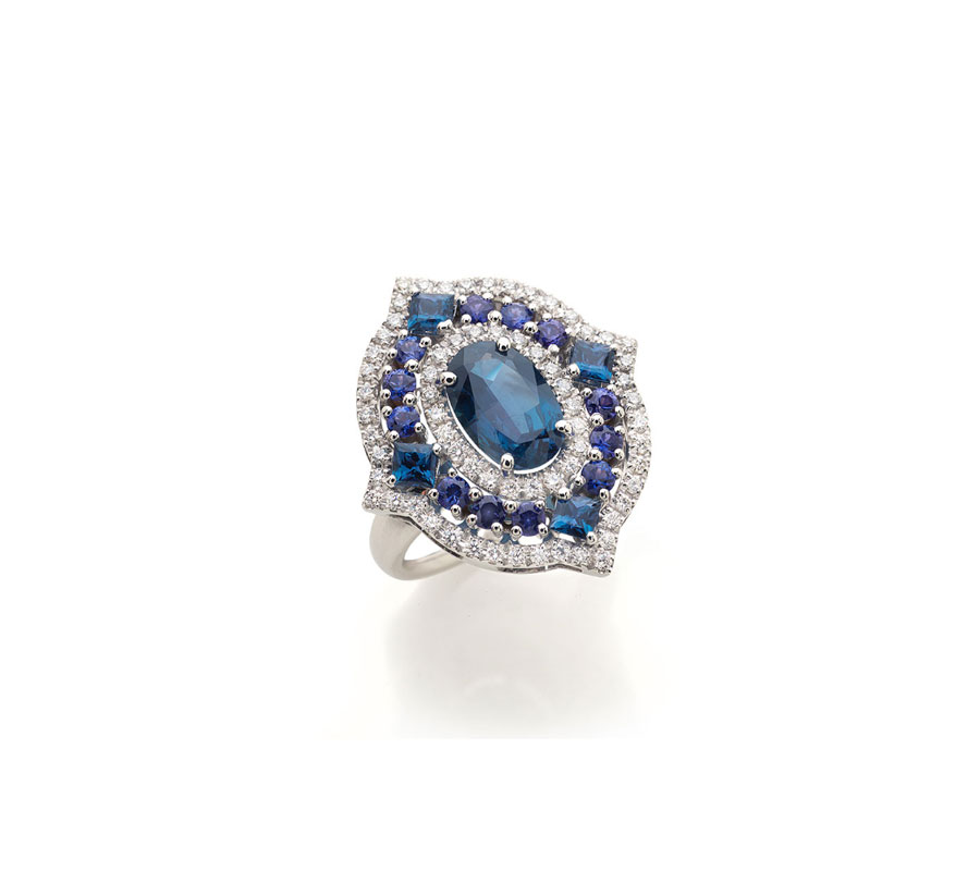 Ring in 18K white gold with Alexandrite, violet sapphires & diamonds